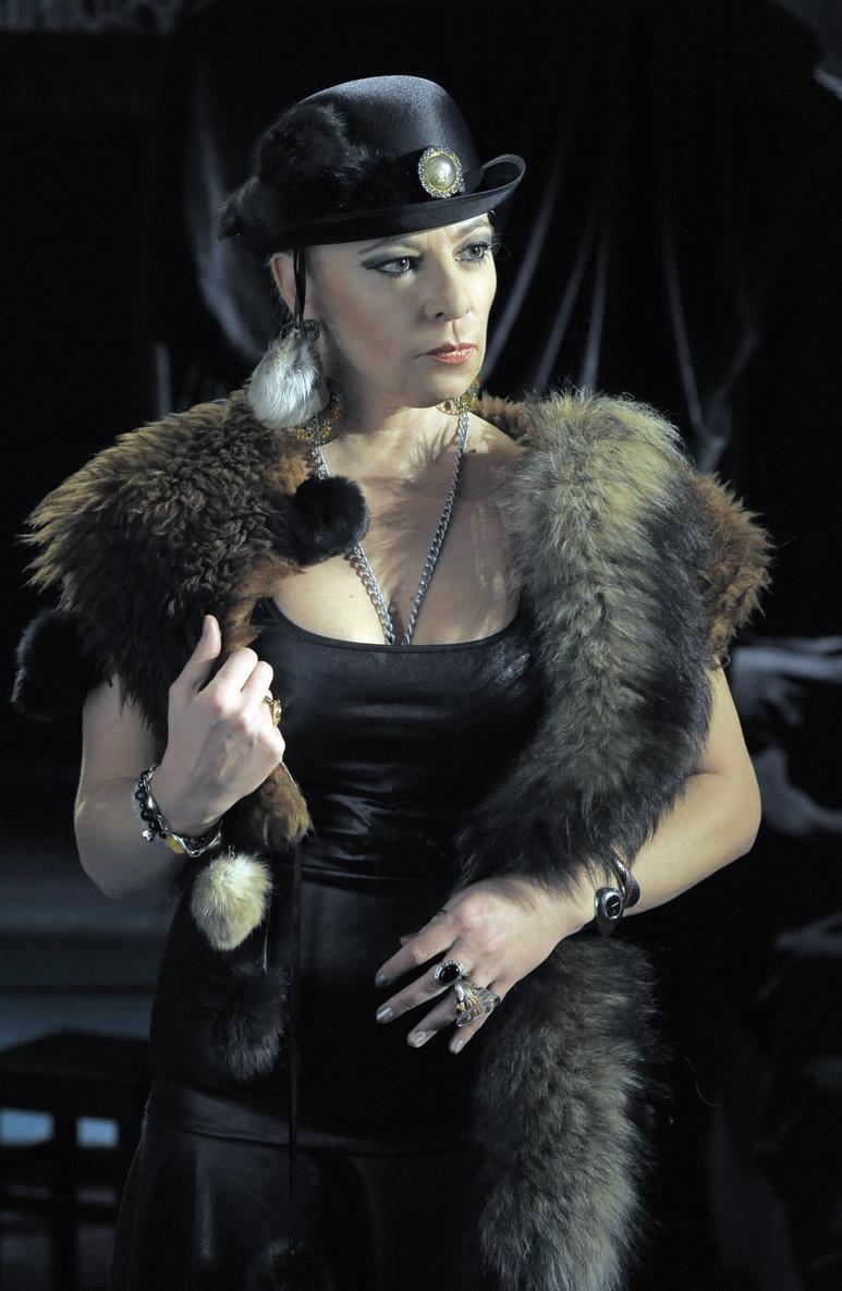 Нона Йотова